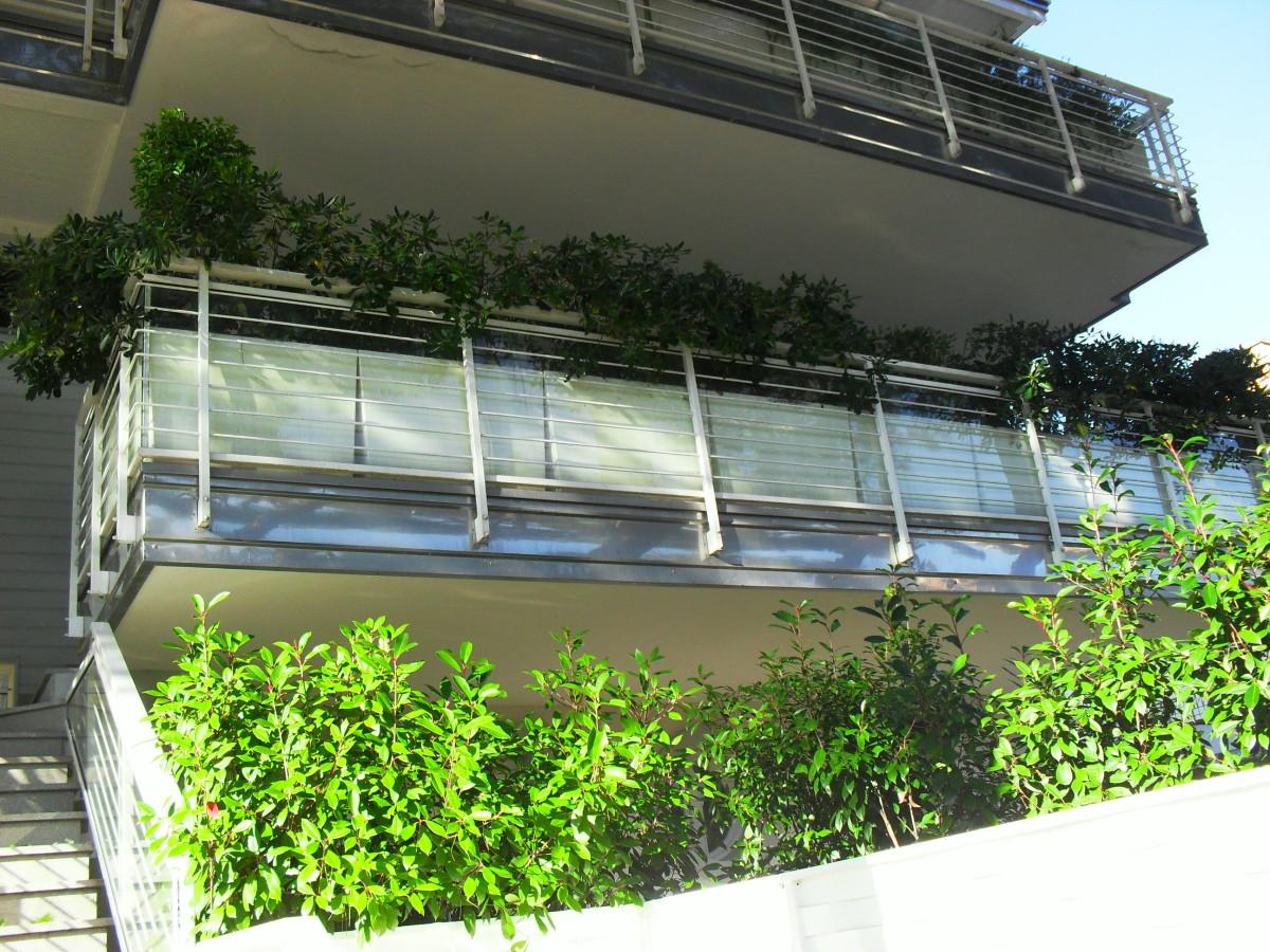 Vendiamo avvenente e signorile trilocale con ampio terrazzo abitabile