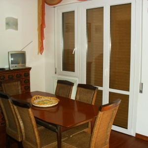 Affittiamo ampio appartamento in prossimità della pineta
