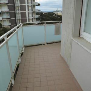 Affittiamo appartamento con vista mare
