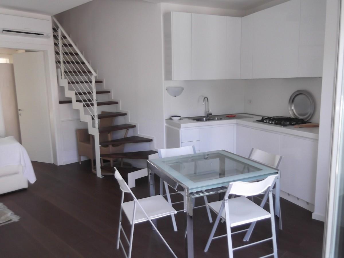 Vendiamo la casa dei tuoi sogni a due passi dal mare