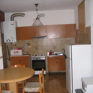 Vendiamo appartamento adiacente il centro