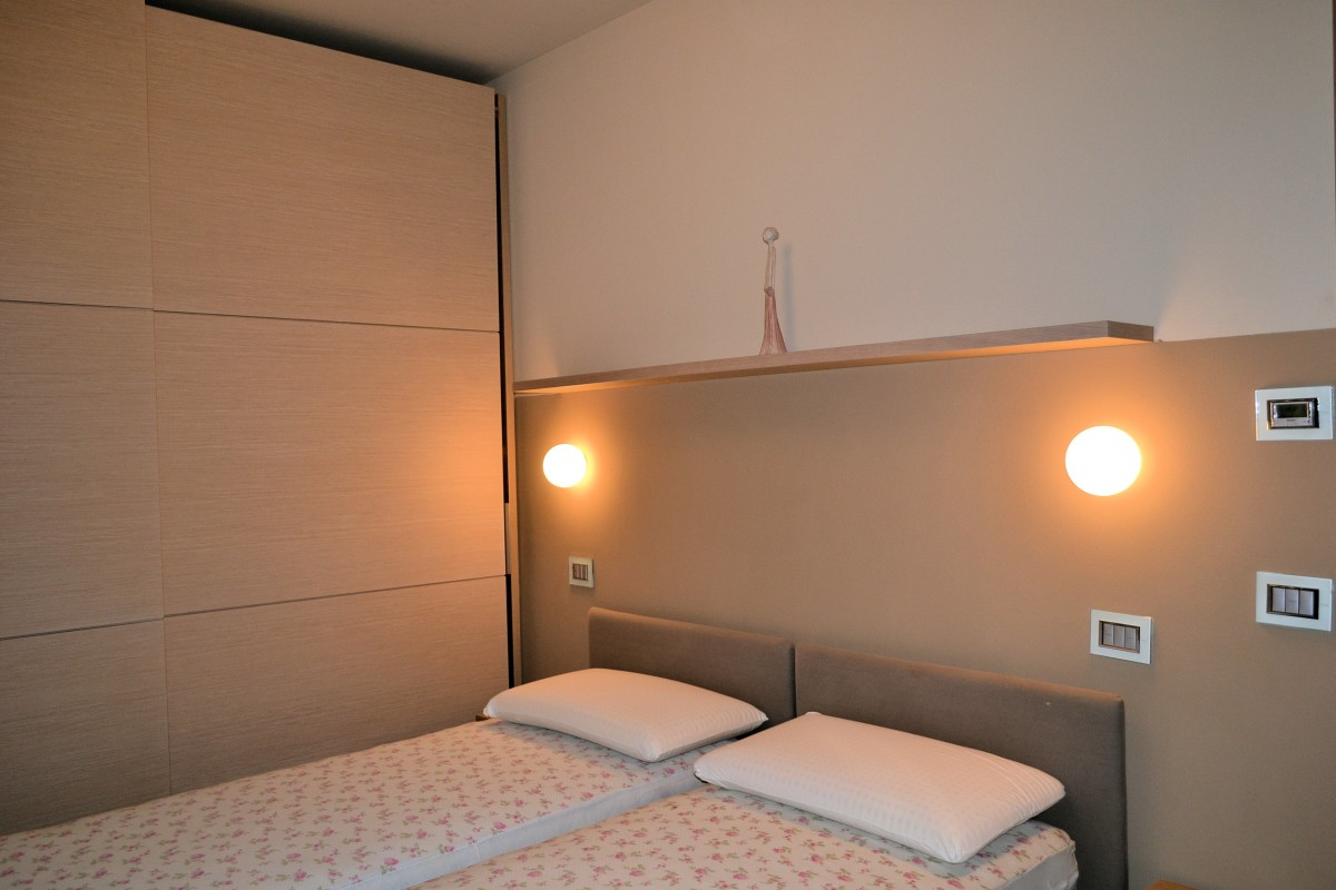 Affittiamo elegante appartamento a 20 metri dalla spiaggia