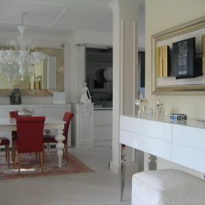 Vendiamo elegante- signorile appartamento adiacente al mare