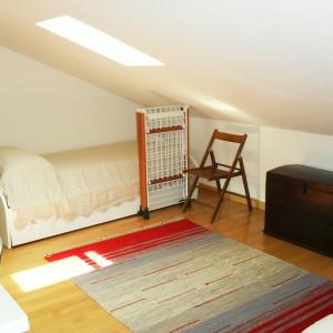Vendiamo appartamento in villetta con grande terazzo abitabile